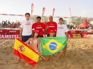 Bello - Marcelinho (Brasil) y Pablo Carcelen y Carlos Delgado (España)