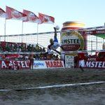 Espectacular patada de Bello contra Paraguay