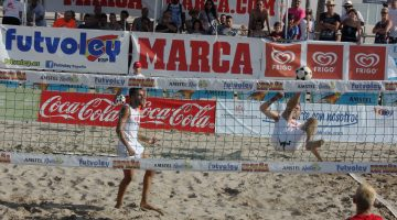 ARRANCA EL 20º OPEN BENICASSIM DE FUTVOLEY EN LA PLAYA DEL TORREON